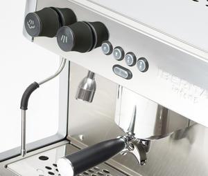 Iberital - Intenz 2-grupp  - Snygg espressomaskin med smart och ergonomisk design