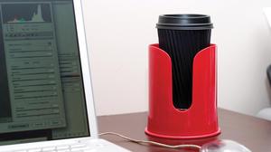 Dreamfarm - Mugghållaren Spink - Fire Truck Red - håller din dryck på plats