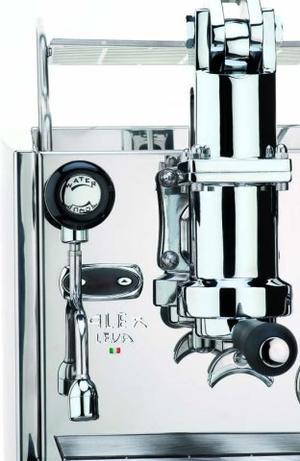Izzo - Alex Leva - Profesionell espressomaskin för kontoret, caféet, restaurangen