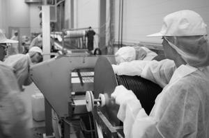 Lakritsfabriken - Liquorice Almonds - Lakritsdragerade Mandlar - Salmiakserien - NH4Cl - 150g
