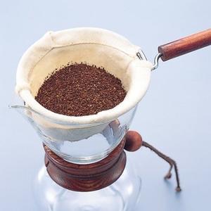 Hario - Woodneck - 2-4-kopps klassisk kaffebryggare - 480ml