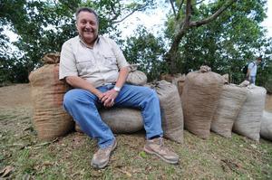 Johan & Nyström - El Salvador Menendez - Mellanrostade kaffebönor - 5kg STOR PÅSE